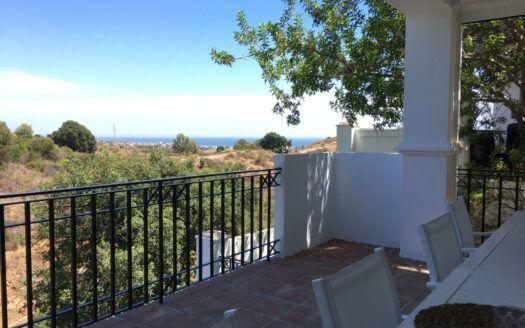 ARFA1410 - 3-bedroom apartment with sea views for sale in Pueblo de Los Monteros in Marbella