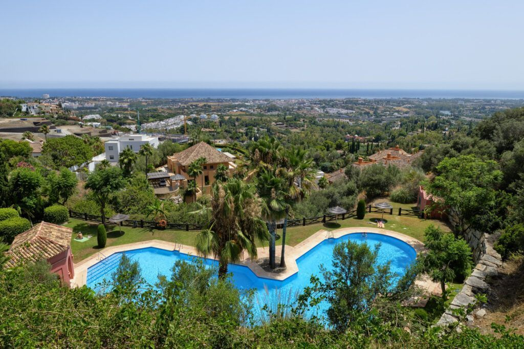 ARFA1413-355 Garden apartment with fantastic sea views near Marbella for sale