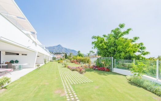 ARFA1419 - Ground floor Apartment with fantastic sea views in Nueva Andalucia for sale