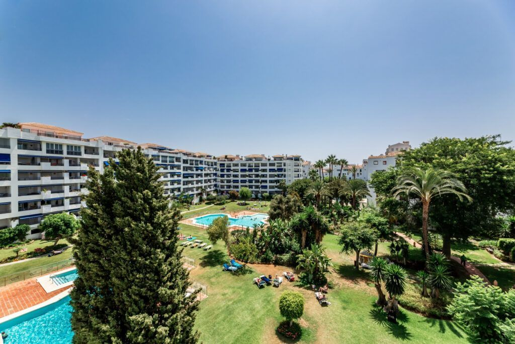 ARFA1440.3 Fantastic 3 bedroom flat in Jardines del Puerto in Puerto Banus - Marbella