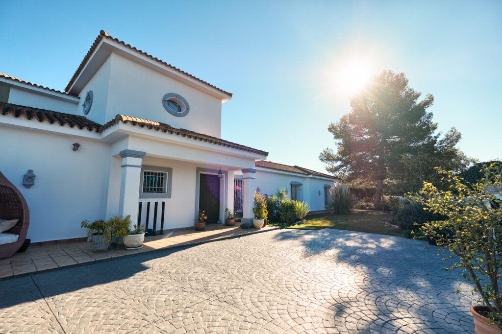 ARFV2212-307 Traditional cozy villa in Sotogrande Costa