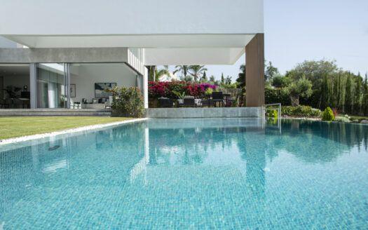ARFV2166 Villa moderna a la venta en Benahavis